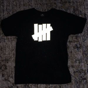 Undefeated reflective tee